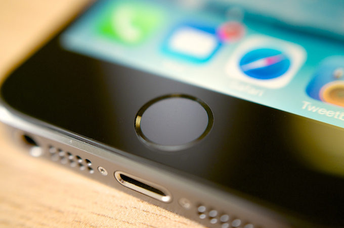 Apple, l'iPhone 5S spinge il mercato biometrico