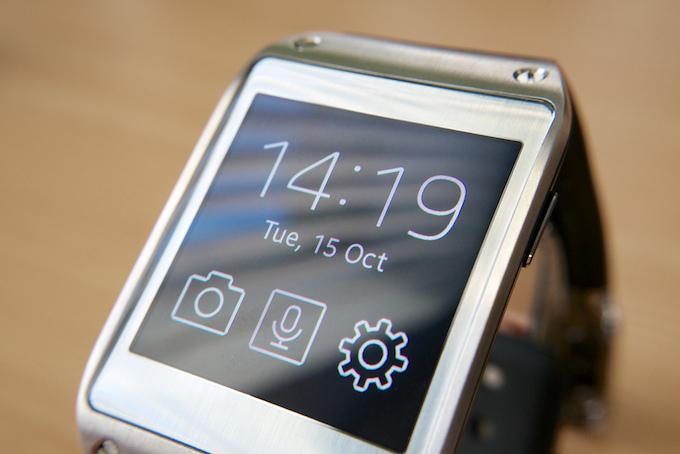 Samsung Galaxy Gear, ora supporta le notifiche per tutte le app