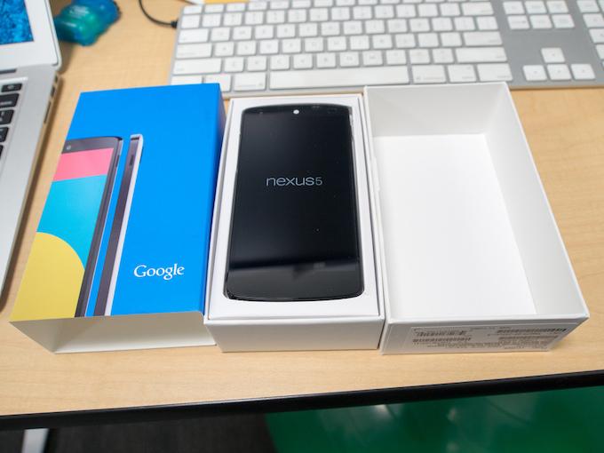 Il Nexus 5 è più caro fuori dal Play Store, ecco perchè