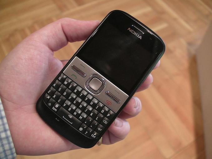 Nokia, addio ufficiale alle applicazioni Symbian e MeeGo