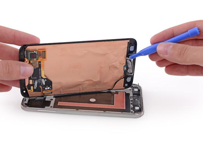 Il Samsung Galaxy S5 è molto difficile da riparare