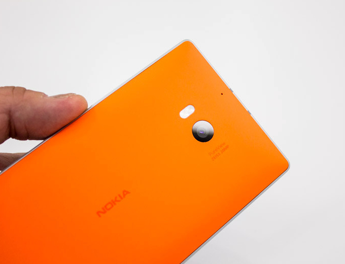 Microsoft e Canon stringono un accordo per mobile e imaging